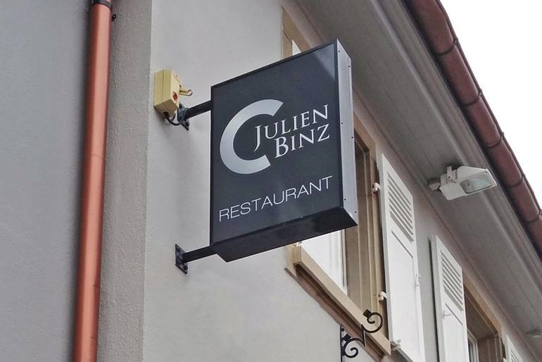Identité visuelle et supports pour l'ouverture d'un restaurant gastronomique