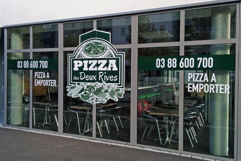 Refonte des dépliants et marquage des vitrines d'une pizzeria